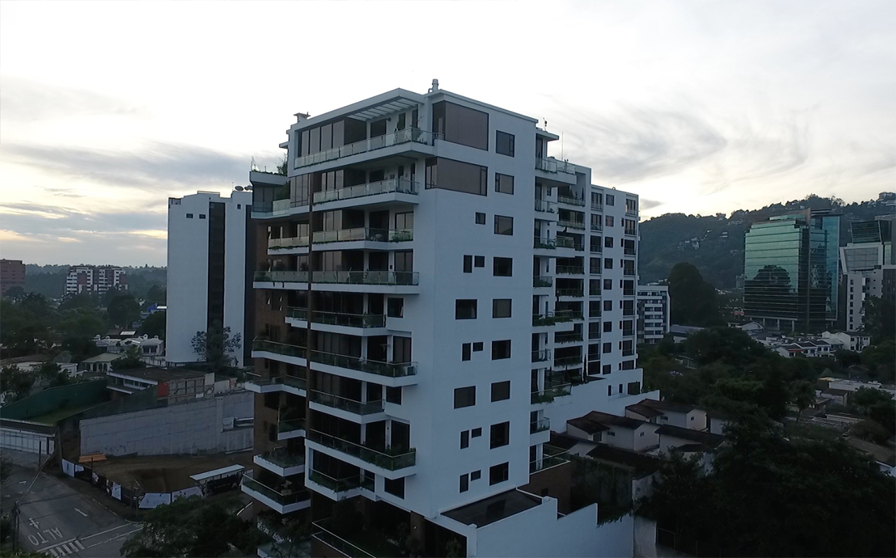 LA HERRADURA II